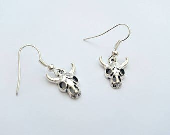 Pair Of Handmade Tibetan Silver Animal Skull Earrings, Silver Skull Earrings, Skull With Horns, Silver Gothic Earrings, Halloween Earrings