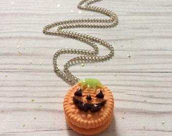 Cute halloween pumpkin oreo charm necklace
