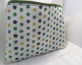 white irish clover bag, white irish clover clutch, clover handbag