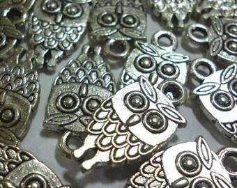 Owl Charms, Silver Tone Metal Owl Charms, Wise Owl, Bird Charms - Pack of Ten - H124