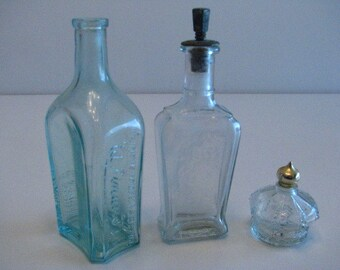 ED PINAUD Purfume Bottle, Paris. Signature series, Blue Bottle.Avon #2,