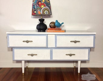 Retro 4 Drawer Dresser