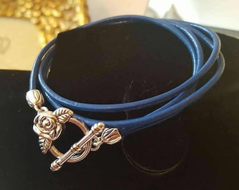 Leather wrap bracelet with silver rose toggle