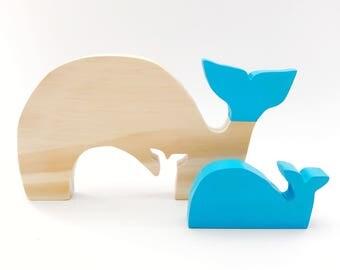 Mumma & baby whale wooden decor