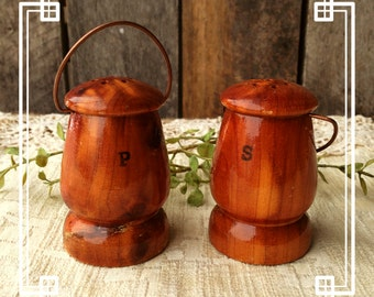 Vintage Cedar Lantern Salt and Pepper Shakers 1950s Camping FREE SHIPPING
