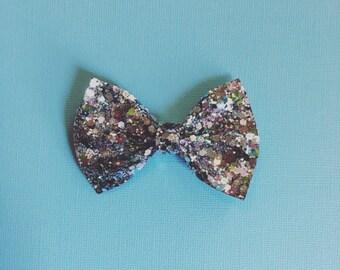 Mermaid Cove Glitter Bow
