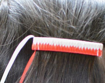 String Barrette//White//Red//Badgers//