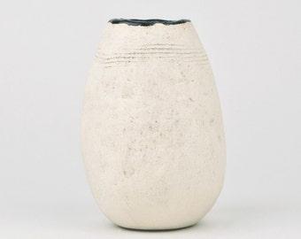Laconic flower vase small size- Pottery Flower Vase- Hand Built -Ceramic Vase-White-Ready to Ship