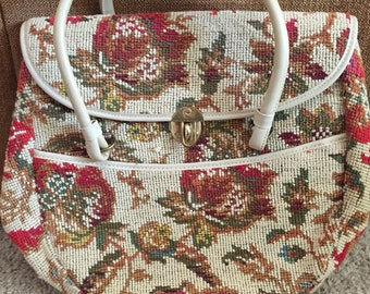 Ovwrsized carpet handbag