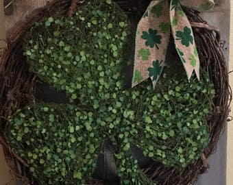 St.Patrick's Day Shamrock Grapevine Wreath