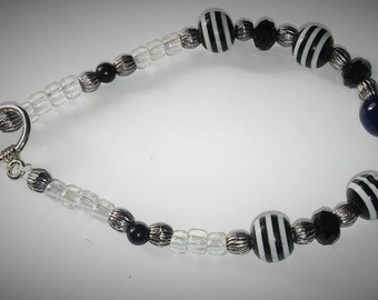 Black and White Beaded Bracelet, Handmade