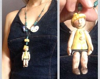 """Collana in ceramica con bambolina"""" la Pittrice""""/ Clay necklace with little doll """"the Painter"""""""