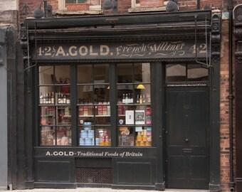 London Fine Print: A traditional shop in Spitalfields market