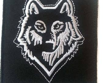 The Wolf Embroidered Patch Velcro, size 3 x 3