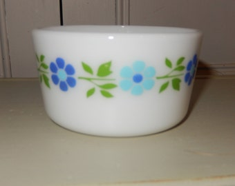 "Rarity! Pyrex 1960s Promotional Margerine Tub, Flower Power J A Jopling ""Blue Band Daises"" Pattern. Tableware, Butter Pyrex Milk Glass"
