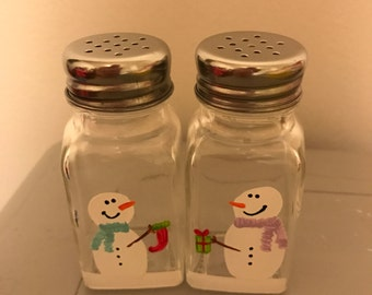 Hand painted Snowmen Salt and Pepper Shakers