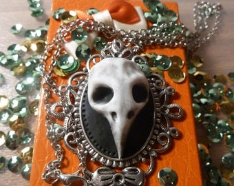 Skull Necklace-Crow in Fimo-Raven skull in polymer clay-