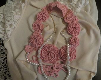Necklace flowers,crochet collar,crochet pink Nekclace collar