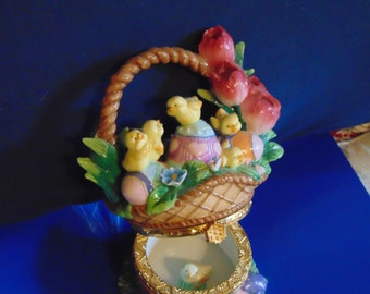 Stunning Easter basket trinket box