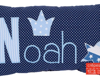 Crepes Yogendra pillow with names, Star, Crown