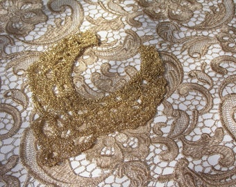 Knitted gold collar.