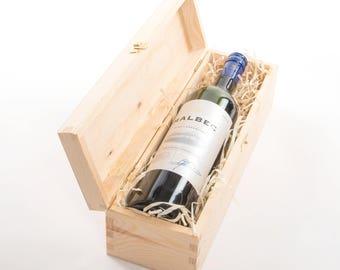 Wooden Wine Box. Wine gift box. Single bottle. Single wine box. Presentation box. Wine box with metal clasp. Champagne Gift box. Gift Box