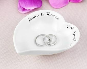 PERSONALISED White Free Text Ceramic Ring Dish Personalised Ring Dish Mr & Mrs Wedding Ring Dish