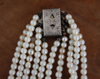 Fake Pearl Necklace Multiple Layers