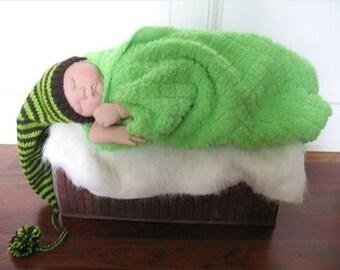 Pantone Newborn Stocking Cap, Long Tail Stocking Hat, Gnome Baby Boy Hat, Baby Pixie Hat, Handmade Baby Hat, Newborn Gnome Hat, Photo Prop