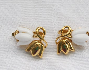 Trifari Vintage Gold Tone and White Tulips Clip On Earrings Signed BNE # 105