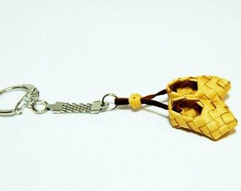 Keychain handmade (braided sandals)