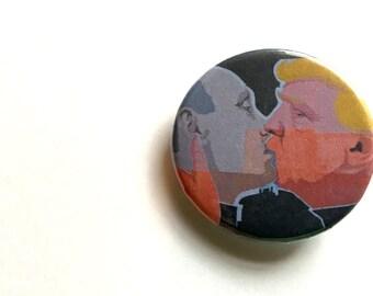 "Trump-Putin button, 1 1/4"""