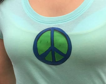 Hippie T-shirt  With Peace-Sign