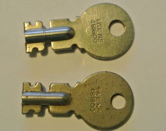 222K/221K Singer Sewing Machine Box Key***Pat Number 481800***