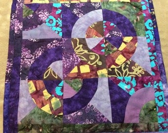 Art Quilt Purple Drunkards Path