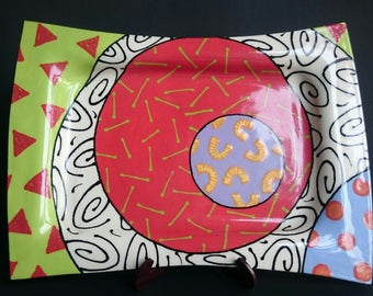 Pat Koszis Plate Bright Colors and Beautiful Designs .