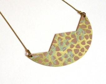 """Brass screen """"Leopard and feathers"""" necklace"""