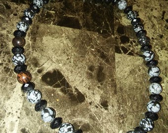 SALE!Black and grey necklace