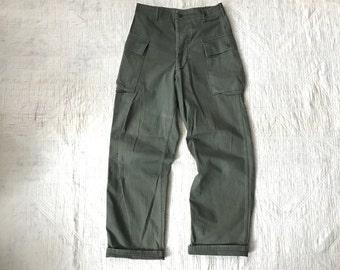Vintage 40's 50's WWII Korean War 13 Star Button HBT Herringbone Twill Cargo Pocket Pants Monkey USMC