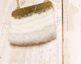 Druzy necklace - Large Druzy - Pendant necklace - Druzy - Necklace - Gold necklace - Druzy jewelry - Grey  - White - Druzy pendant - Gift