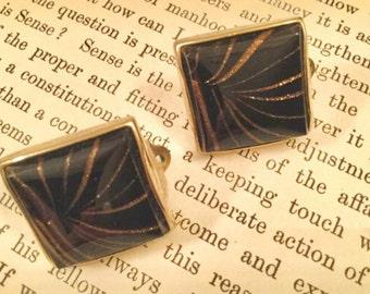 SALE! Striking vintage Sherman black and goldtone clip-on earrings (A121)