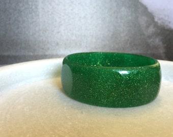 Green Glitter Faceted Resin Bangle - Chunky Bracelet - Unique Gift