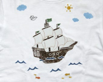 T-shirt pirate ship 56-104 can be customized