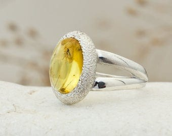 Stunning Sterling Silver and Baltic Amber Ring With Fossil Insect