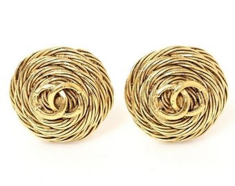 Chanel Goldtone CC Logo Round Domed Coiled Rope Clip Earrings Hallmark 94A