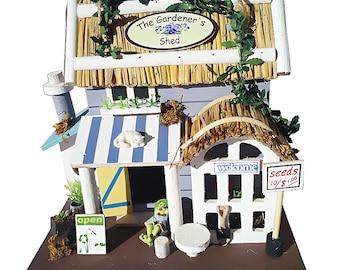 Bird Villa Kunterbunt - gardener-shed bird Hotel - wooden Bird House - decoration - birdhouse garden nest box