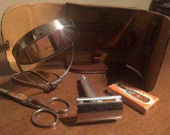 Vintage Gillette Razor Kit