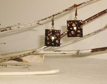 Graphic earrings leather full-grain lamb bronze and gold