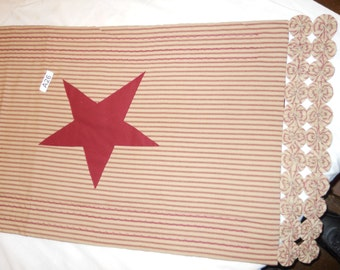 A26 Red/maroon with stars table runner