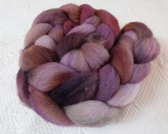 Southdown 150 g hand lilac colored Berry